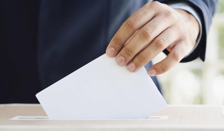 Dincat signa un conveni amb el Govern per promoure unes eleccions accessibles per a les persones amb discapacitat intel·lectual el proper 14-F